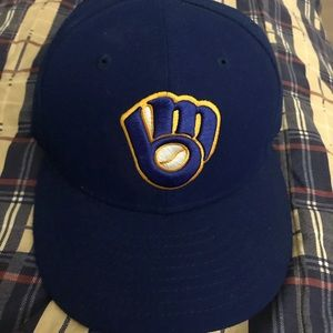 Milwaukee Brewers new era fitted hat